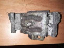 Подушка двигателя левая Nissan Mistral