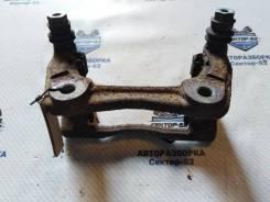 Скоба тормозного суппорта Renault Modus 2009 [7701059704] JP0C D4F 740, передняя правая