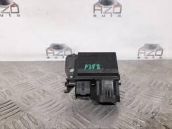 Блок управления вентилятором Peugeot 308 [9673999880]