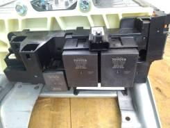Блок реле высоковольтной батареи Toyota Aqua/Yaris/Prius-C G92Z1-33010