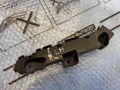 Кронштейн крепления переднего левый бампера Mazda 5 CW