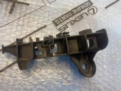Кронштейн крепления заднего бампера левый Toyota Camry 70