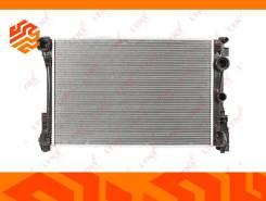 Радиатор охлаждения двигателя Lynxauto RB1688