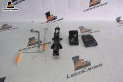 Домкрат в сборе 700кг Mitsubishi Dingo CQ2A (LegoCar125)