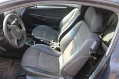 Opel Astra H GTC купе передний ряд сидений