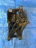Крепление компрессора кондиционера 6G72 Diamante