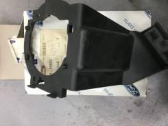 Кронштейн правой противотуманной фары Ford 1 523 846