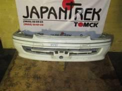 Бампер Toyota Hiace, передний