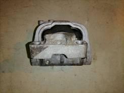 Опора двигателя (подушка двс) Volkswagen Passat, правая передняя