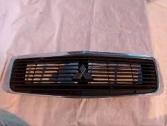 Решётка радиатора Mitsubishi Dion