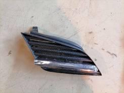 Решетка радиатора Nissan Primera, правая передняя