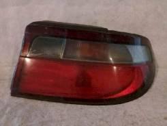 Фонарь (стоп сигнал) Toyota Carina, правый задний