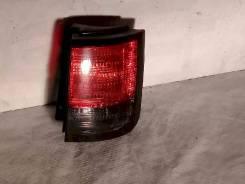 Фонарь (стоп сигнал) Nissan Elgrand, правый задний