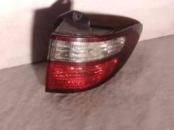 Фонарь (стоп сигнал) Toyota Estima, правый задний