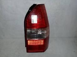 Фонарь (стоп сигнал) Mitsubishi Chariot Grandis, правый задний
