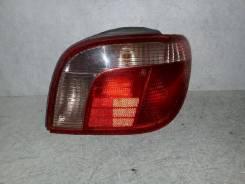Фонарь (стоп сигнал) Toyota Vitz, правый задний