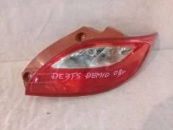 Фонарь (стоп сигнал) Mazda Demio, правый задний