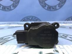 Моторчик заслонки печки Mercedes-Benz Ml-Class 2001 [2038201642] W163 612.963 2.7