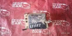 Блок предохранителей под капот Honda Stepwgn RF1 B20B
