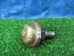 Регулятор давления топлива Camry SV40