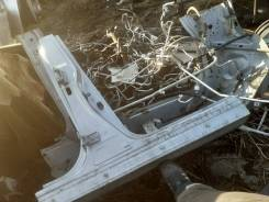 Стойка кузова правая Nissan Tiida Latio