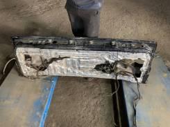 Крышка багажника нижняя Toyota Land Cruiser 100