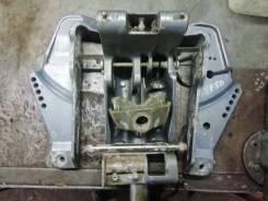 Детали подвеса кронштейн крепления двигателя, L OEM: 63D43311134D