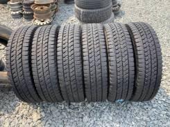 Bridgestone Blizzak W979, LT215/85R16
