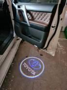 Подсветка в двери с проекцией Toyota