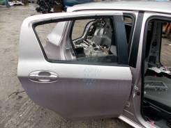 Дверь Toyota VITZ 2012, правая задняя