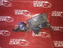 Блок предохранителей под капот Nissan Bluebird Sylphy QNG10 QG15