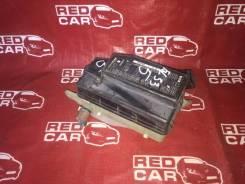 Блок предохранителей под капот Toyota Raum EXZ15 5E
