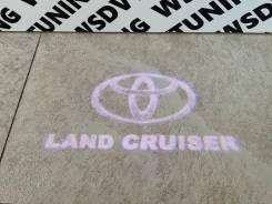 Подсветка в двери с проекцией Toyota Land Cruiser