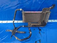 Радиатор охлаждения трансмиссии.