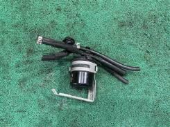 Крепление топливного фильтра Subaru Forester 2002(517) [42050AA020] SG5 EJ205DX