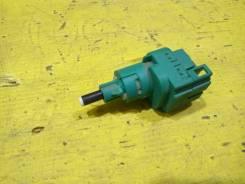 Датчик включения стоп сигнала Audi A4 B6 2001 [111624] 8E2 ALT