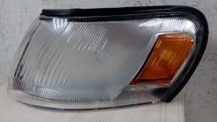 Габарит левый Toyota Corolla AE100 91-95 дубликат 212-1561L-A [81620-12530]