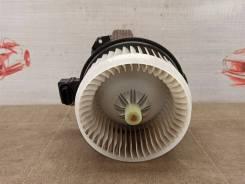 Вентилятор печки (климата) салона Toyota Rav-4 (Xa40) 2012-2019 [2727005152]