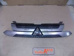 Решетка радиатора Mitsubishi Outlander 3