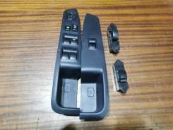 Кнопка стеклоподъемника Mitsubishi Outlander CW6W 84 т. км