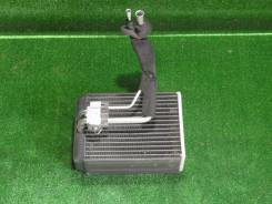 Радиатор кондиционера на Toyota Caldina ST210