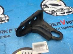 Кронштейн буксировочный задний Toyota gx81, jzx81