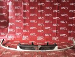 Решетка радиатора Mitsubishi Delica 1996 PF6W-020318 6G72