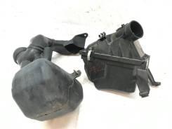 Корпус воздушного фильтра на Subaru Forester SG5 #22 [Пробег 147 тыс]