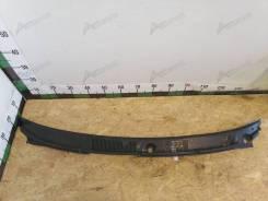 Решетка стеклоочистителя (планка под лобовое стекло) Mitsubishi Carisma 1999-2004 [MB944695], передняя