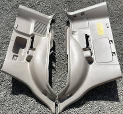 Обшивки багажника бежевые пара на Toyota Land Cruiser Prado 120