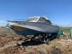 Катер Амур с удлиненным корпусом и увеличенным водоизмещением