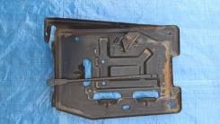 Крепление аккумулятора Chevrolet Tahoe 11г 5.3L
