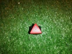 Кнопка аварийной сигнализации Audi A3
