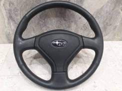 Руль Subaru с красной строчкой